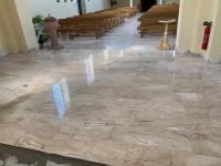<p>Pose de marbre Daino à l Eglise de Richtolsheim</p>